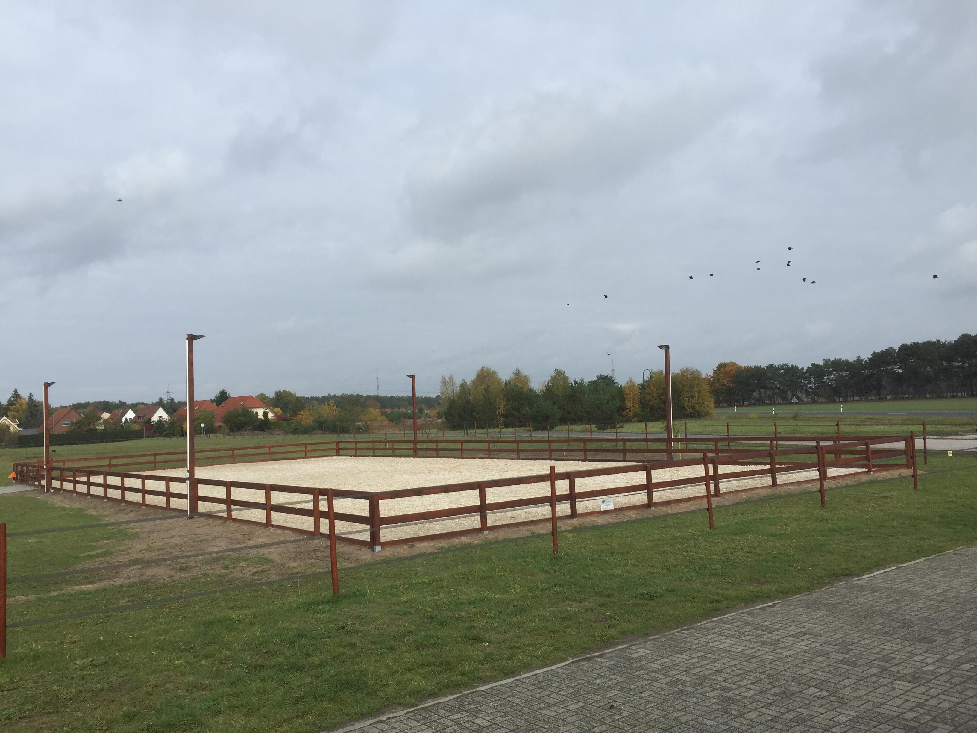 Reitanlagenbau Reitplatz Mit Zaun Ubersicht Landscape Horse